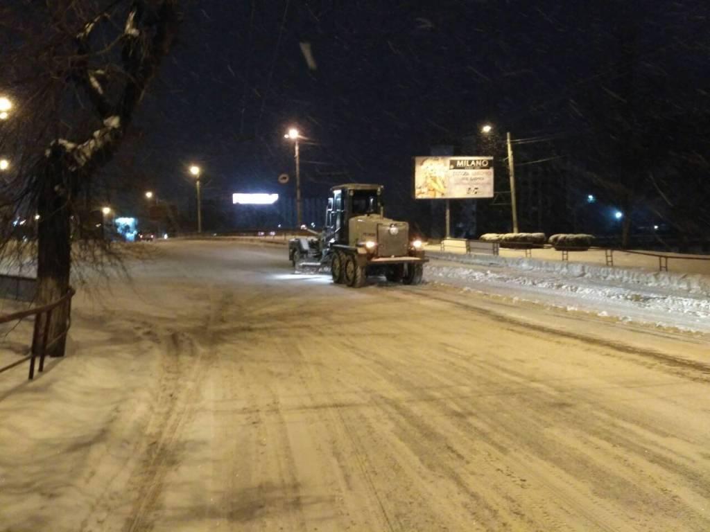 Де у Кропивницькому всю ніч і ранок розчищали дороги. ФОТО - 8 - Події - Без Купюр