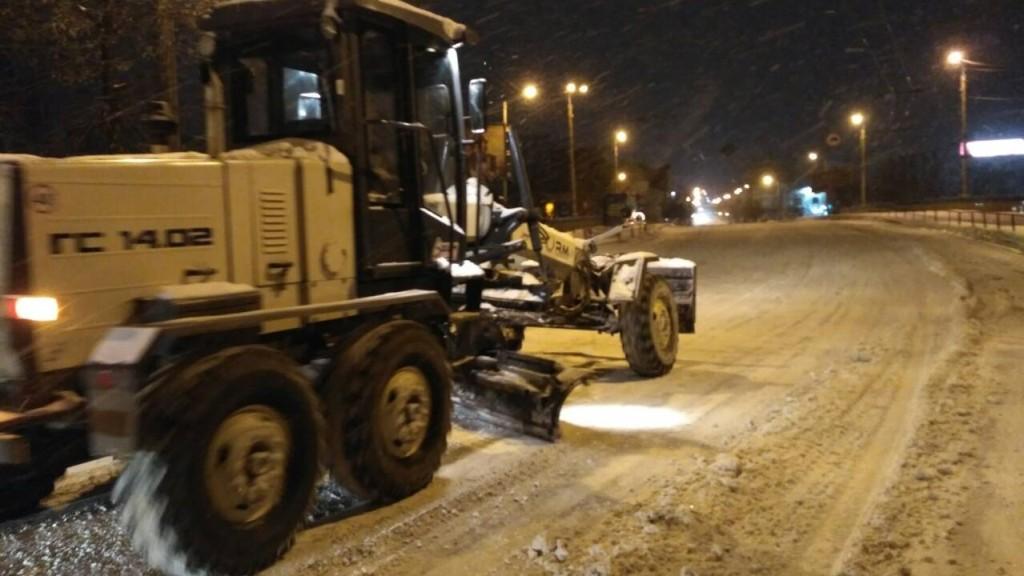 Де у Кропивницькому всю ніч і ранок розчищали дороги. ФОТО - 10 - Події - Без Купюр
