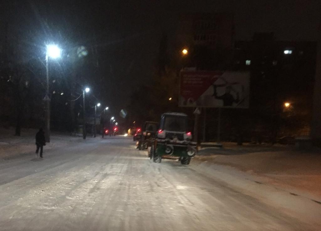 Де у Кропивницькому всю ніч і ранок розчищали дороги. ФОТО - 11 - Події - Без Купюр