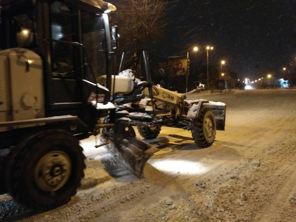 Де у Кропивницькому всю ніч і ранок розчищали дороги. ФОТО - 13 - Події - Без Купюр