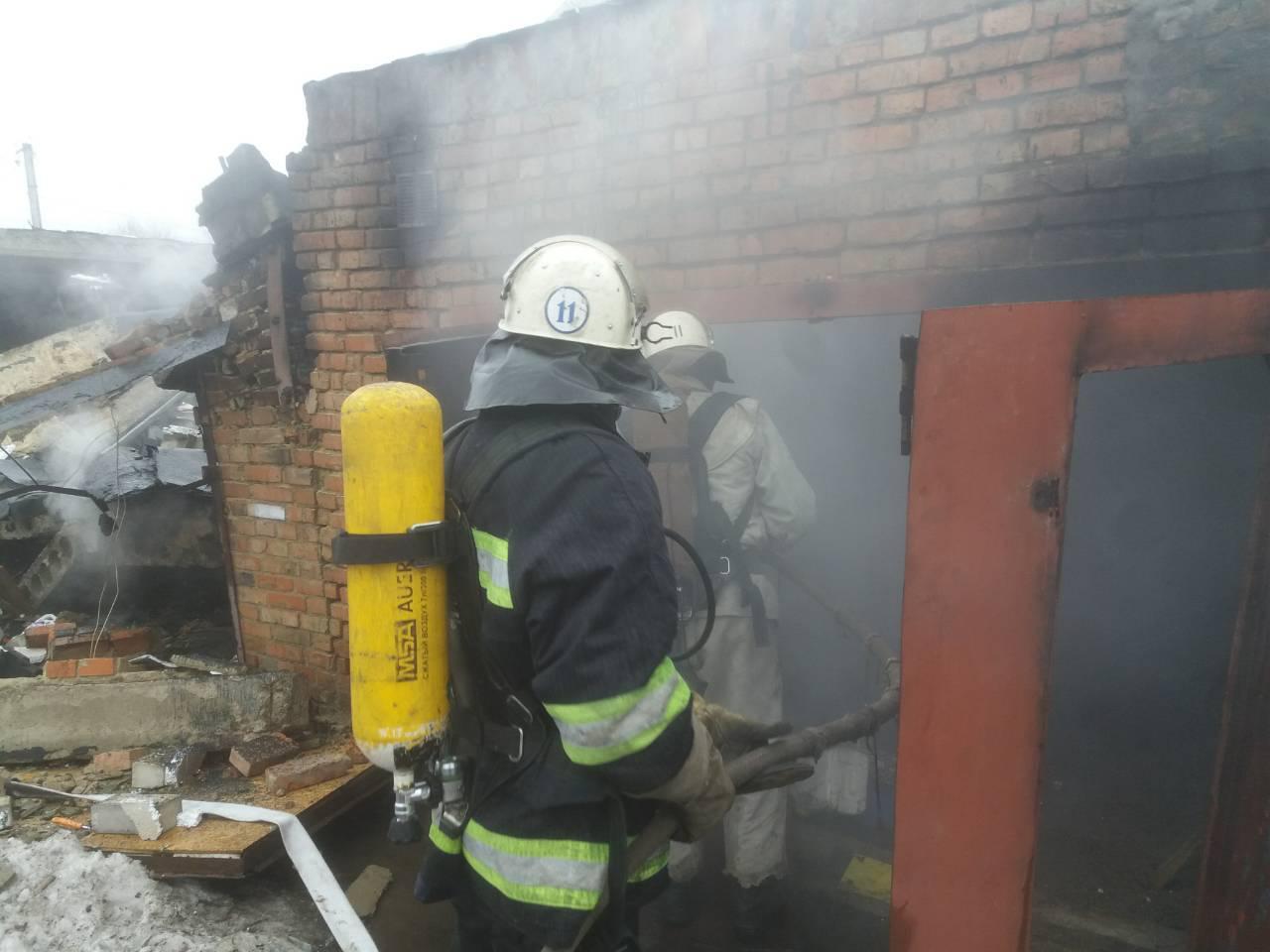 В Олександрії через вибух у гаражі постраждала людина. ФОТО - 1 - Події - Без Купюр