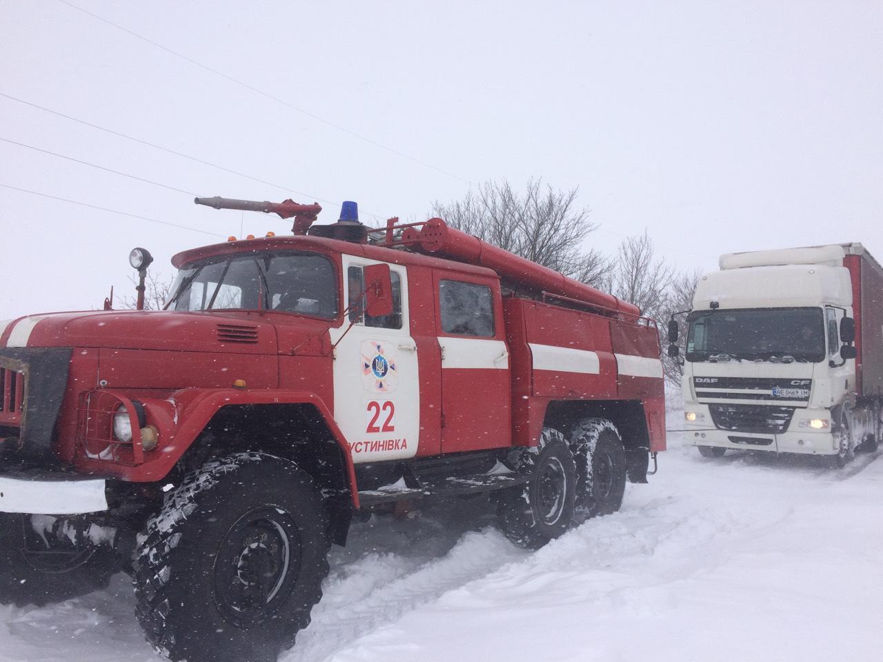 Рятувальники Кіровоградщини вже витягнули з заметів майже 200 автомобілів. ФОТО - 2 - Життя - Без Купюр