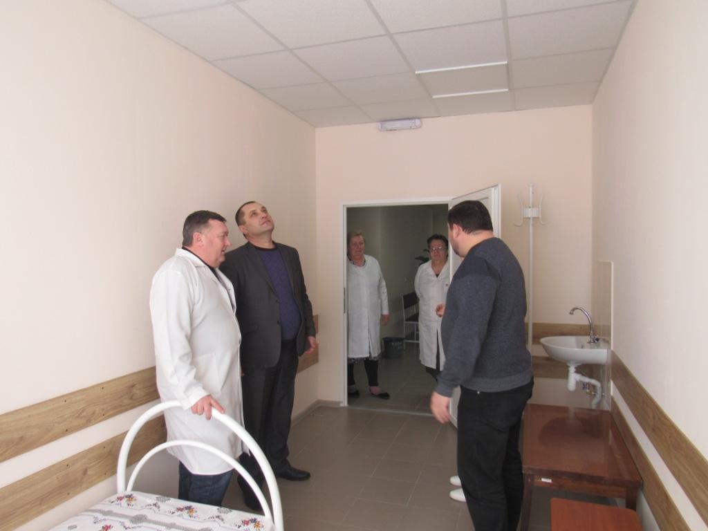 У Новомиргородській лікарні капітально відремонтували терапевтичне відділення. ФОТО - 5 - Здоров'я - Без Купюр
