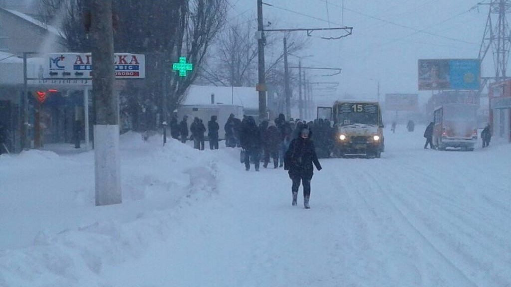 Перебіг ліквідації наслідків снігопаду у Кропивницькому. ФОТО - 1 - Події - Без Купюр