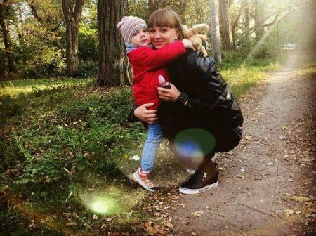 Молодій мамі з Кропивницького потрібні кошти на боротьбу з раком. ФОТО