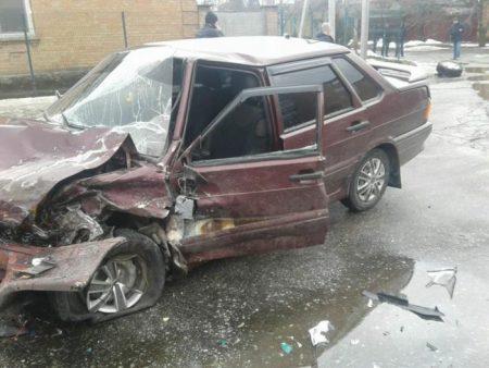У Кропивницькому вітчизняне авто відірвало колесо позашляховику. ФОТО, ВІДЕО
