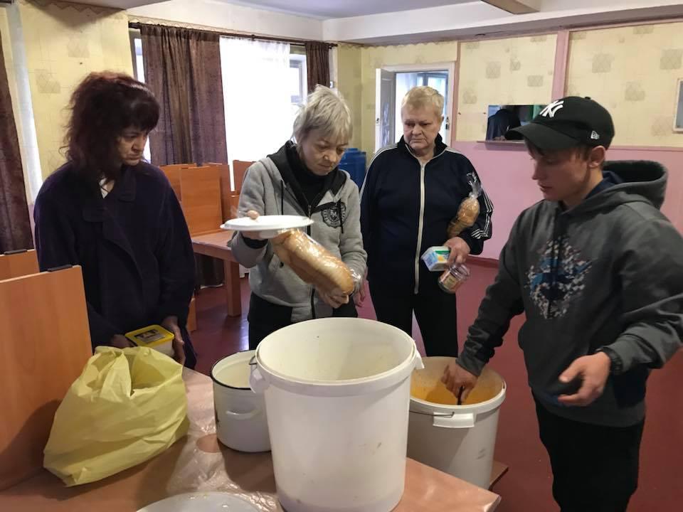У Кропивницькому мережа кафе допомагає нагодувати безпритульних. ФОТО - 3 - Життя - Без Купюр