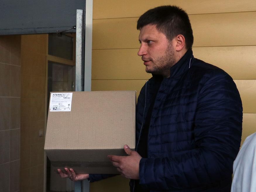 Обласному госпіталю передали ліки для військових від гепатиту С вартістю мільйон гривень. ФОТО. ВІДЕО - 4 - Здоров'я - Без Купюр