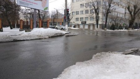 На вулицях Кропивницького утворилися «річки». ФОТО, ВІДЕО