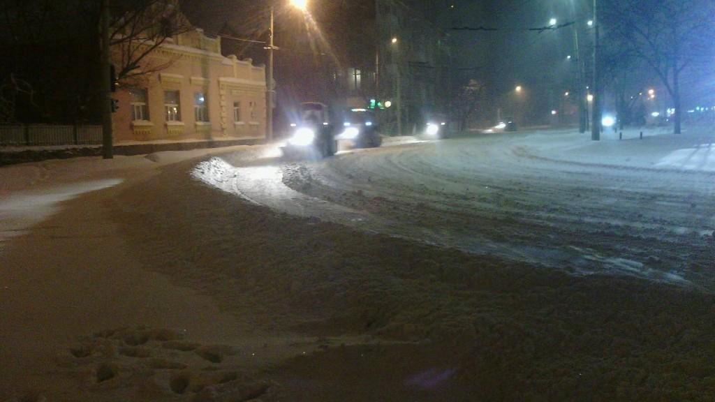 Перебіг ліквідації наслідків снігопаду у Кропивницькому. ФОТО - 7 - Події - Без Купюр