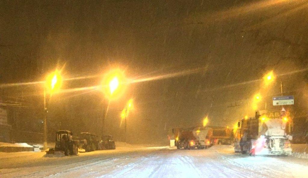 Перебіг ліквідації наслідків снігопаду у Кропивницькому. ФОТО - 13 - Події - Без Купюр