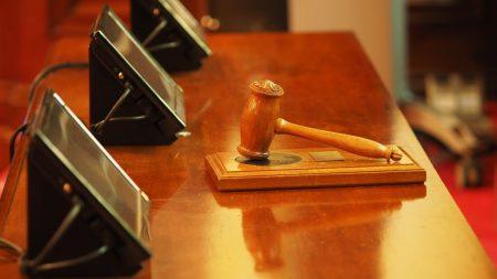Суд арештував майно агрофірми з Петрівського району, на яку здійснили рейдерську атаку