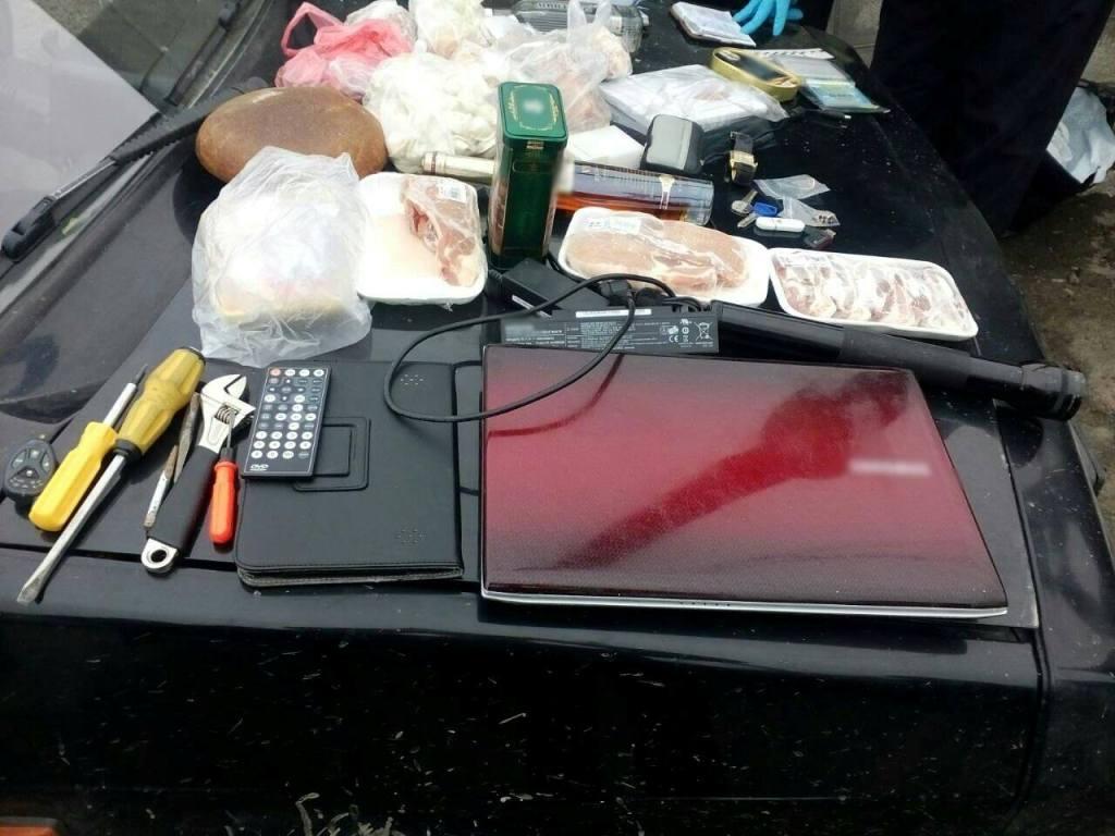 У Кропивницькому затримали квартирних злодіїв. ФОТО - 2 - Кримінал - Без Купюр