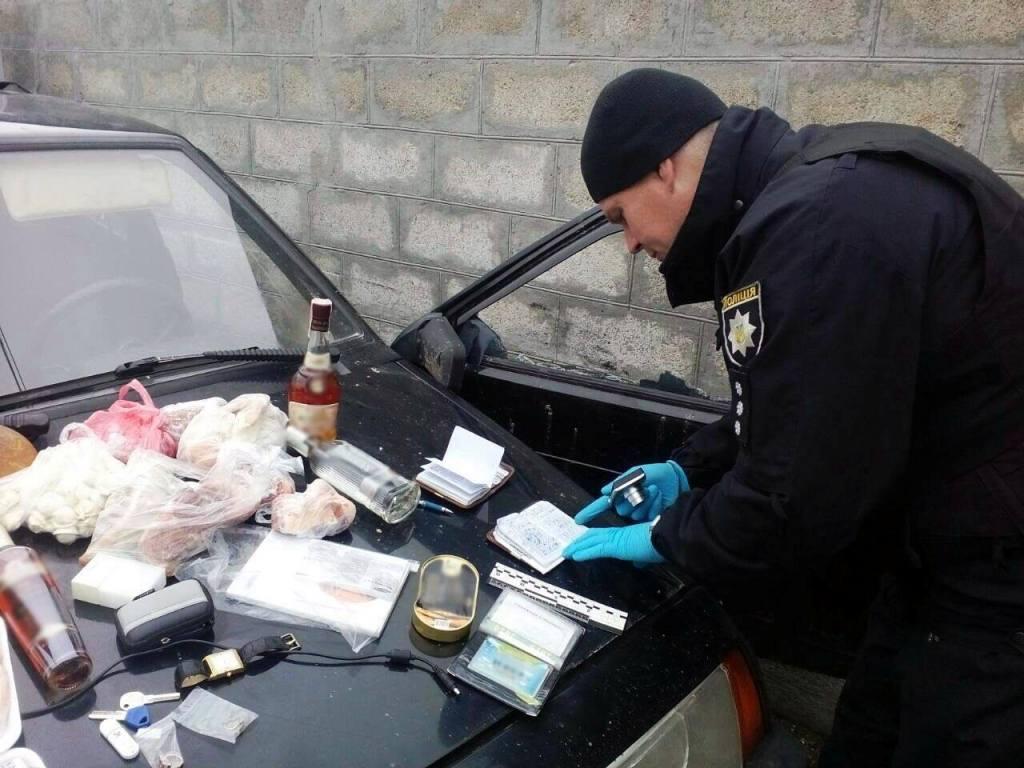 Без Купюр У Кропивницькому затримали квартирних злодіїв. ФОТО Кримінал  Кропивницький квартирні злодії затримали крадіїв