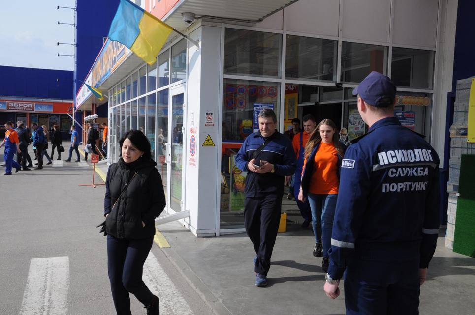 """У  Кропивницькому перевірили стан пожежної безпеки в """"Епіцентрі"""". ФОТО - 6 - Життя - Без Купюр"""