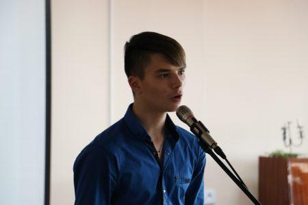 Поліція встановила особи учасників підліткової бійки у Кропивницькому