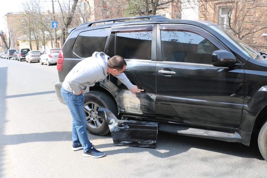 У Кропивницькому «Запорожець» в'їхав у «Lexus», постраждала пенсіонерка. ФОТО - 3 - Події - Без Купюр