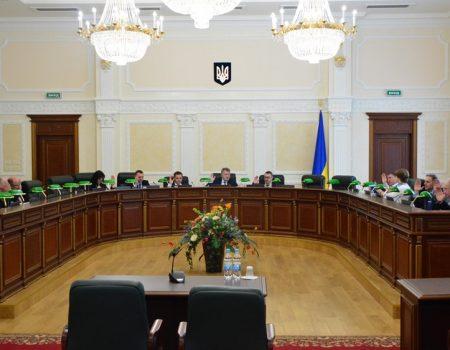 Суддю, який заочно ухвалив рішення, що послугувало рейдерству в Бережинці, звільнили