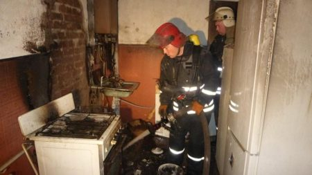У селищі Новому Кропивницького пожежні врятували 5 людей. ФОТО