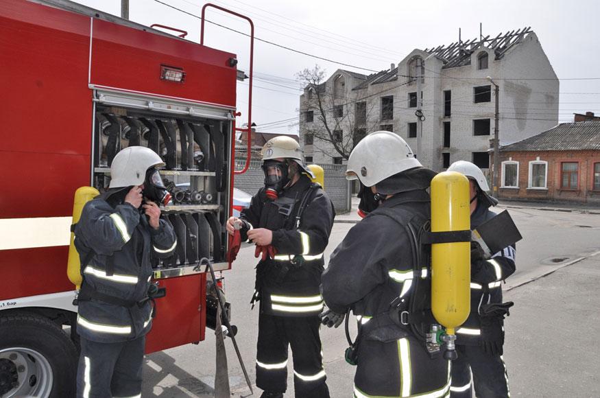 Рятувальники перевірили супермаркет «Авоська» та розважальний комплекс «Вельвет» - 2 - Життя - Без Купюр