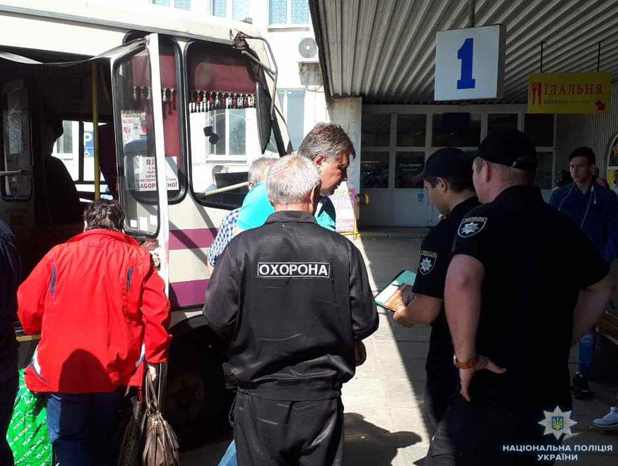 Кіровоградщина: поліція виявила пасажирські автобуси з несправними гальмами і не тільки. ФОТО - 2 - Транспорт - Без Купюр