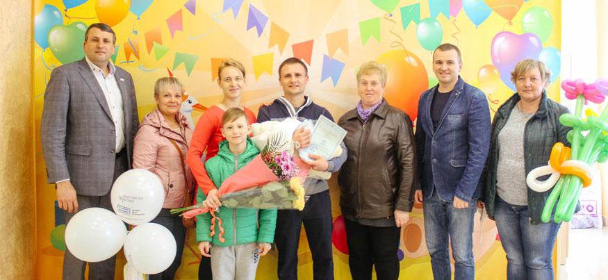 В пологових будинках Кіровоградщини вручили тисячу свідоцтв про народження 3