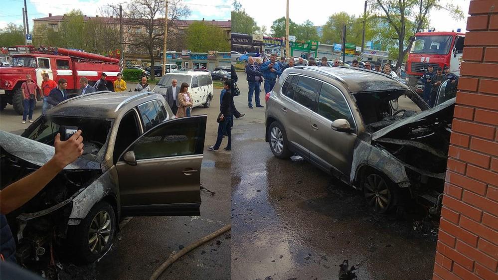 Без Купюр У Кропивницькому біля Дендропарку згорів Volkswagen. ФОТО Події  Кропивницький горіло авто