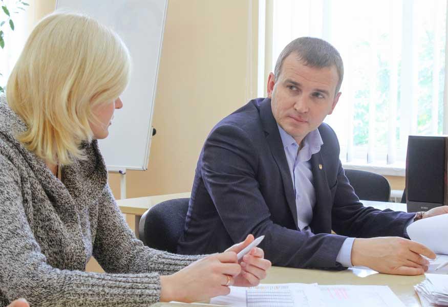 На Кіровоградщині державні виконавці стягнули понад 43 млн. грн. заборгованих аліментів - 1 - Життя - Без Купюр