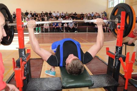 У Кропивницькому відбувся чемпіонат з пауерліфтингу серед працівників силових структур. ФОТО