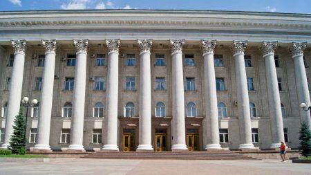 Комітет ВР вважає, що одна із сесій міськради Кропивницького була неправомочною. ДОКУМЕНТИ