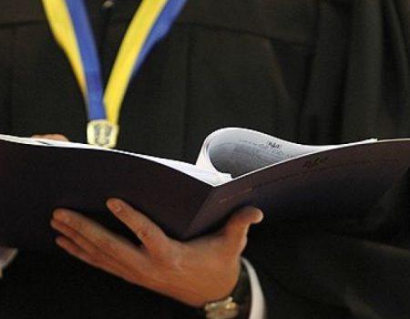 У Кропивницькому обвинуваченим у вбивстві таксиста продовжили термін тримання під вартою