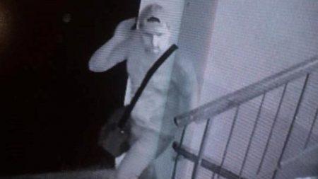 В поліції кажуть, що підозрюваного у нападі на неповнолітню у Кропивницькому досі розшукують