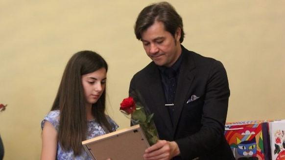 Дівчинка з Вільшанки отримала нагороду від міністра культури. ФОТО - 1 - Культура - Без Купюр