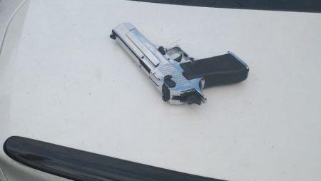 Патрульні затримали винуватців вранішньої стрілянини в центрі Кропивницького. ФОТО