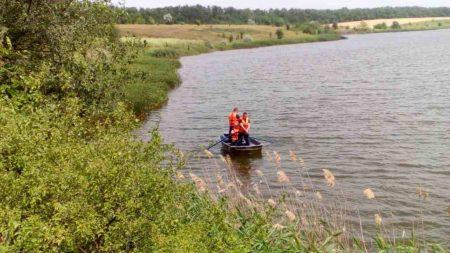У Долинському районі в ставку втопився чоловік