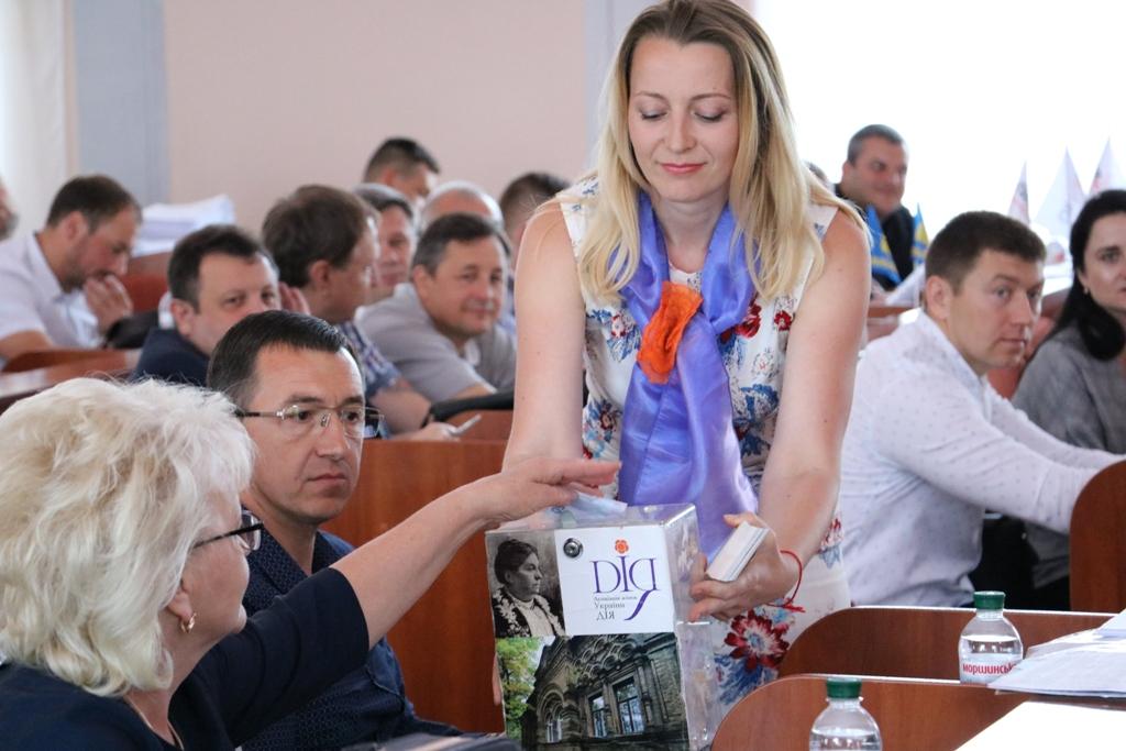 У Кропивницькому збирають кошти на барельєф меценатці Ганні Дмитрян 4