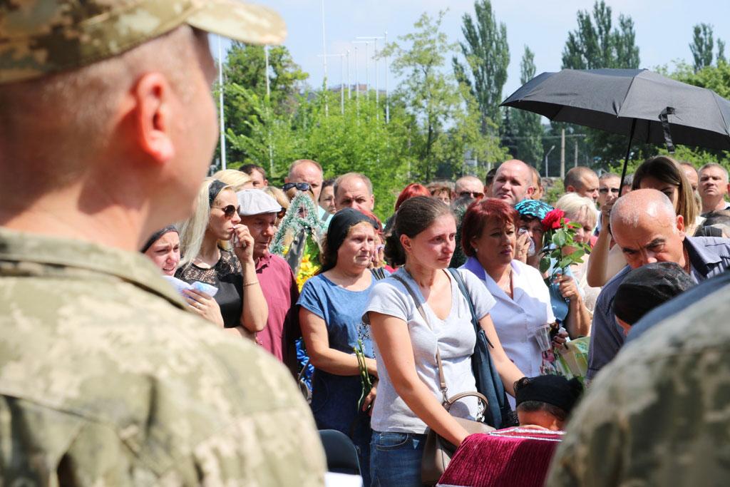 У Кропивницькому провели в останню дорогу Ігора Французана, який загинув у бою. ФОТО 4