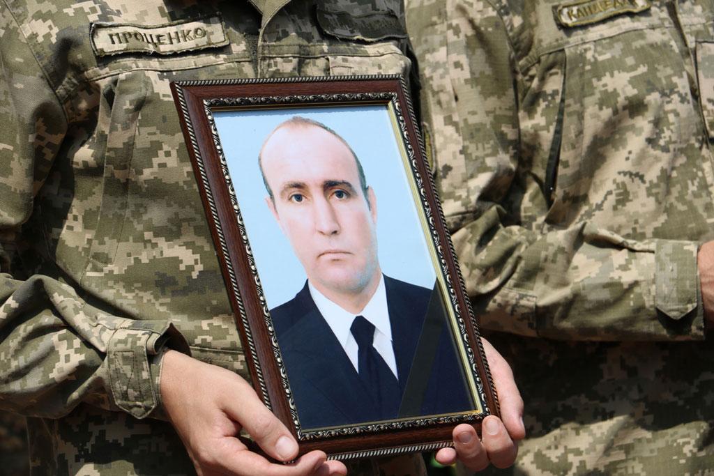У Кропивницькому провели в останню дорогу Ігора Французана, який загинув у бою. ФОТО 2