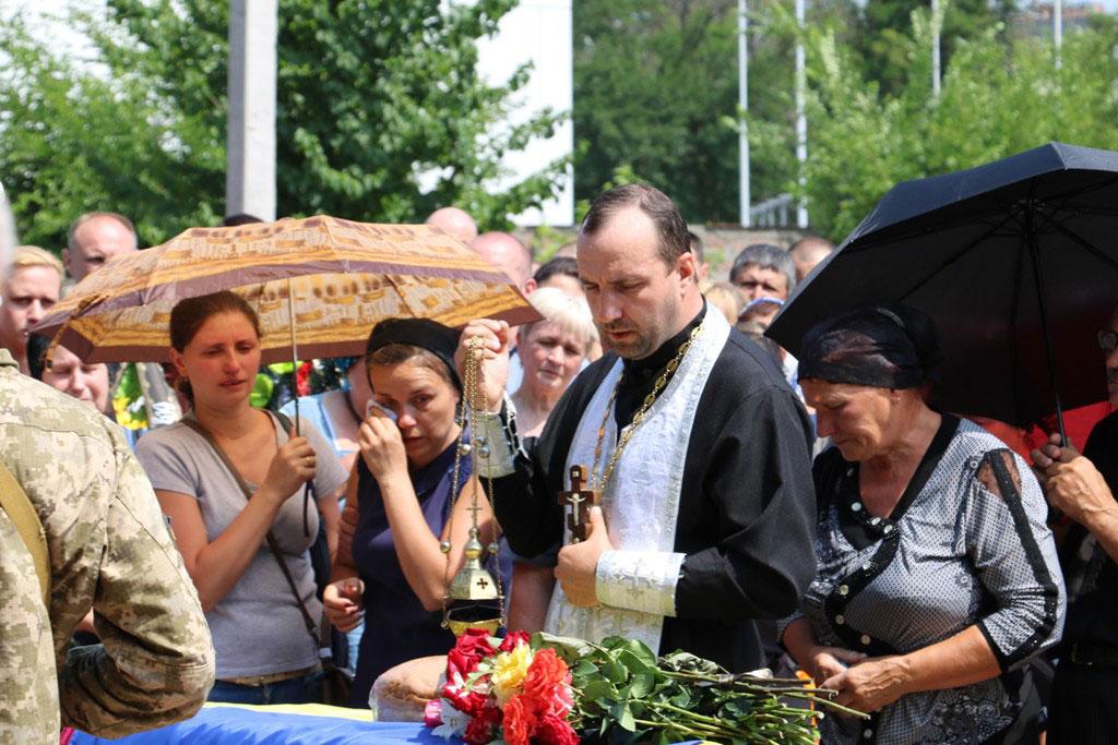 У Кропивницькому провели в останню дорогу Ігора Французана, який загинув у бою. ФОТО 9