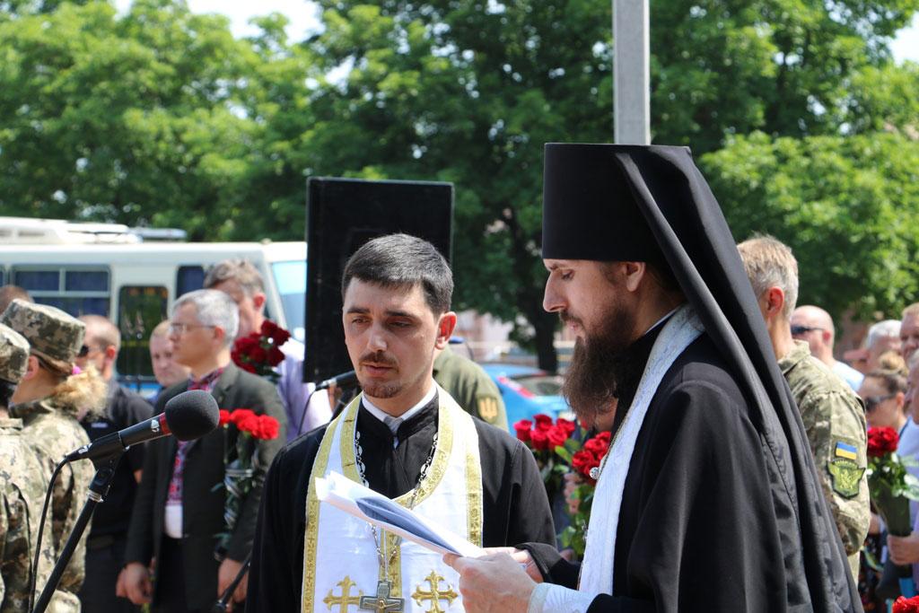 У Кропивницькому провели в останню дорогу Ігора Французана, який загинув у бою. ФОТО 3