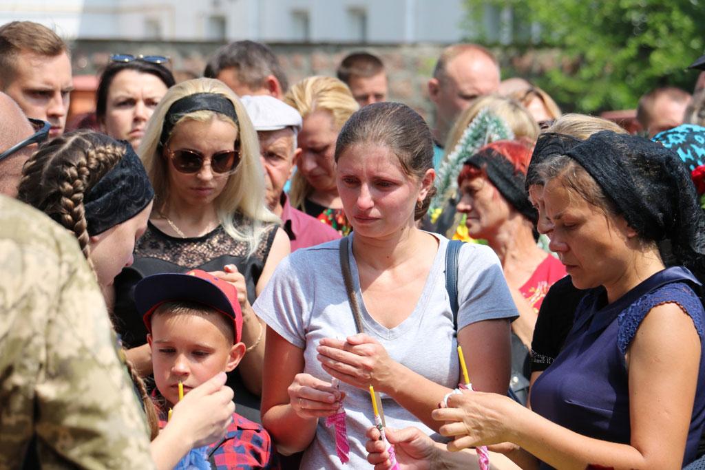 У Кропивницькому провели в останню дорогу Ігора Французана, який загинув у бою. ФОТО 10