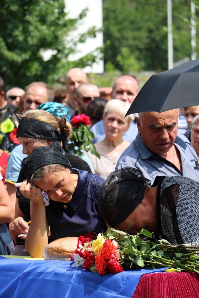 У Кропивницькому провели в останню дорогу Ігора Французана, який загинув у бою. ФОТО 6