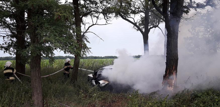 На Кіровоградщині двічі за добу гасили пожежі автомобілів