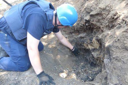 На Кіровоградщині знайшли боєприпаси часів Другої світової війни та людські останки. ФОТО