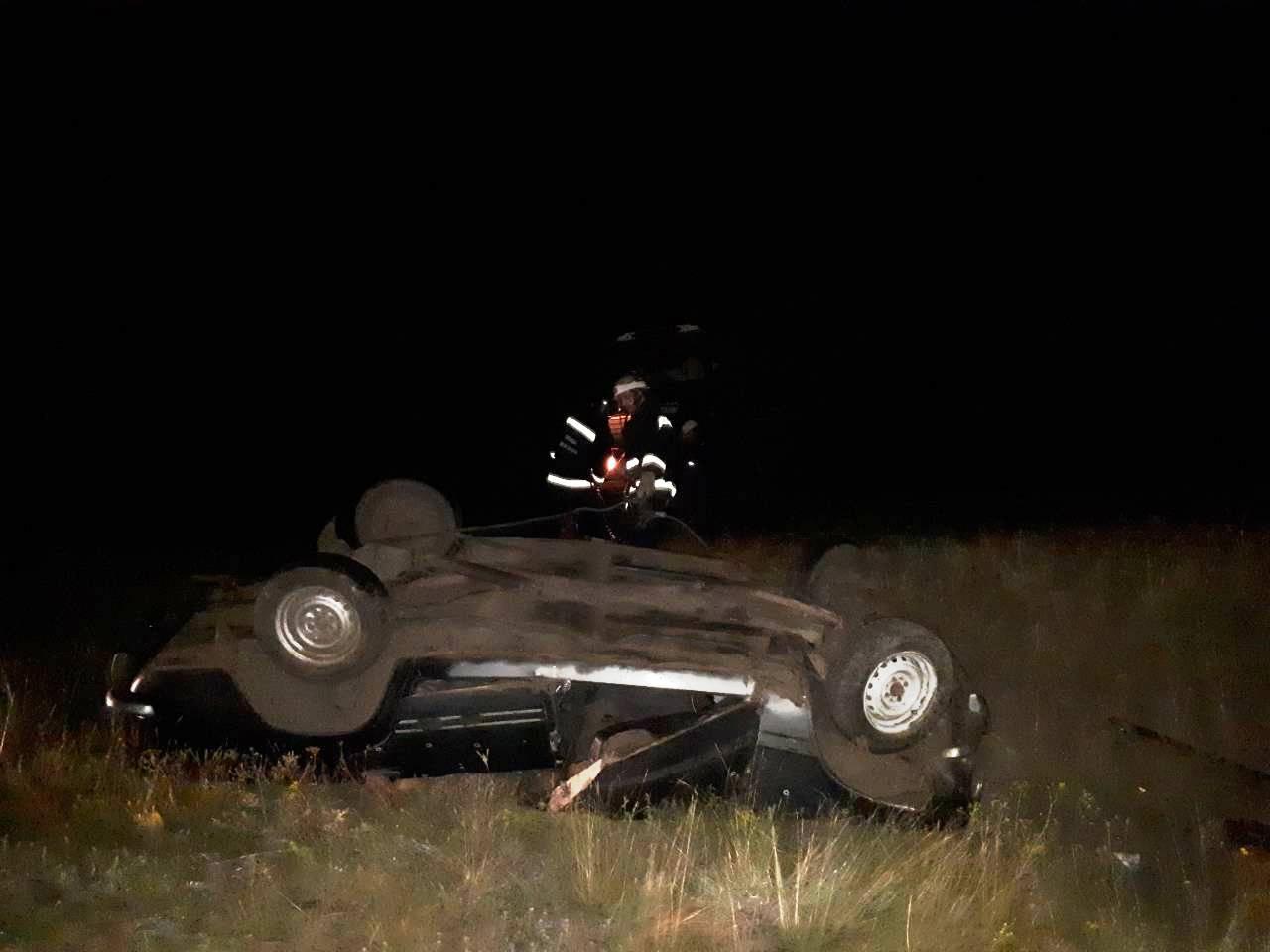 У Долинському районі перекинувся ВАЗ 2101, водій загинув. ФОТО - 2 - За кермом - Без Купюр