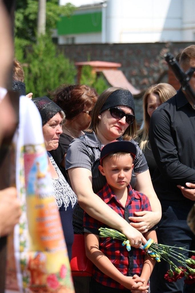 У Кропивницькому провели в останню дорогу Ігора Французана, який загинув у бою. ФОТО 5
