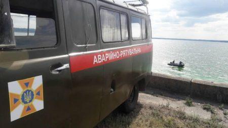 На Кіровоградщині з річки дістали потопельника