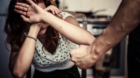 Інформація про те, що в Кропивницькому жінку вдарили ножем в око – не відповідає дійсності