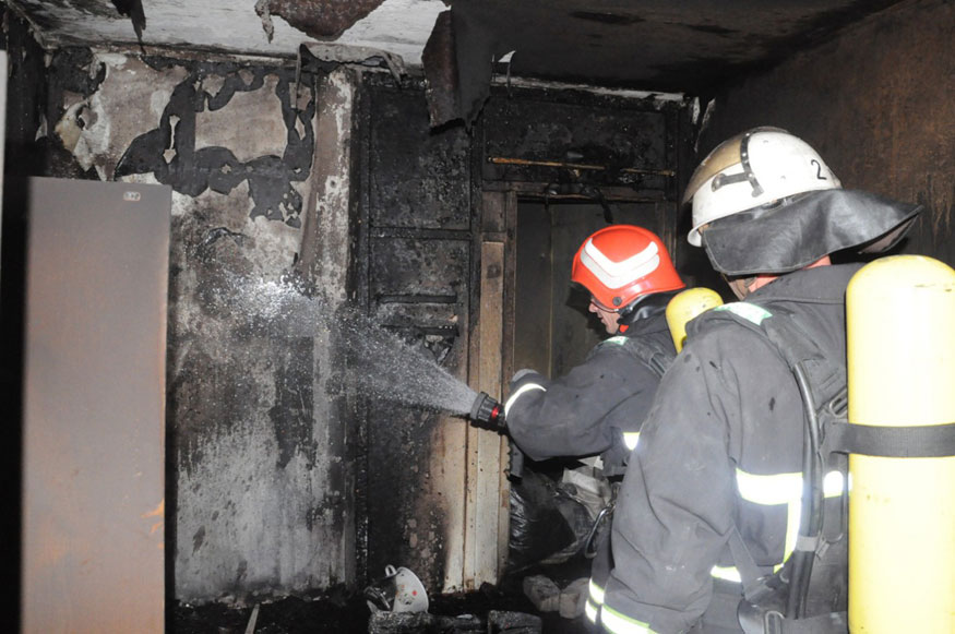 Без Купюр У Кропивницькому горіла квартира на 8-ому поверсі Життя  пожежа Кропивницький