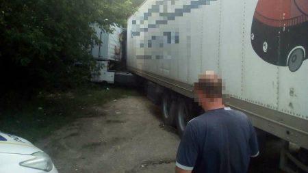 У Кропивницькому завдяки працівникам спецінспекції знайшли крадену фуру. ФОТО